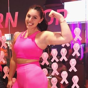 Hot pink Gymshark Sports bra!!